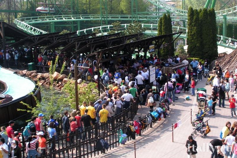 Парк развлечений Гардаленд недалеко от Милана